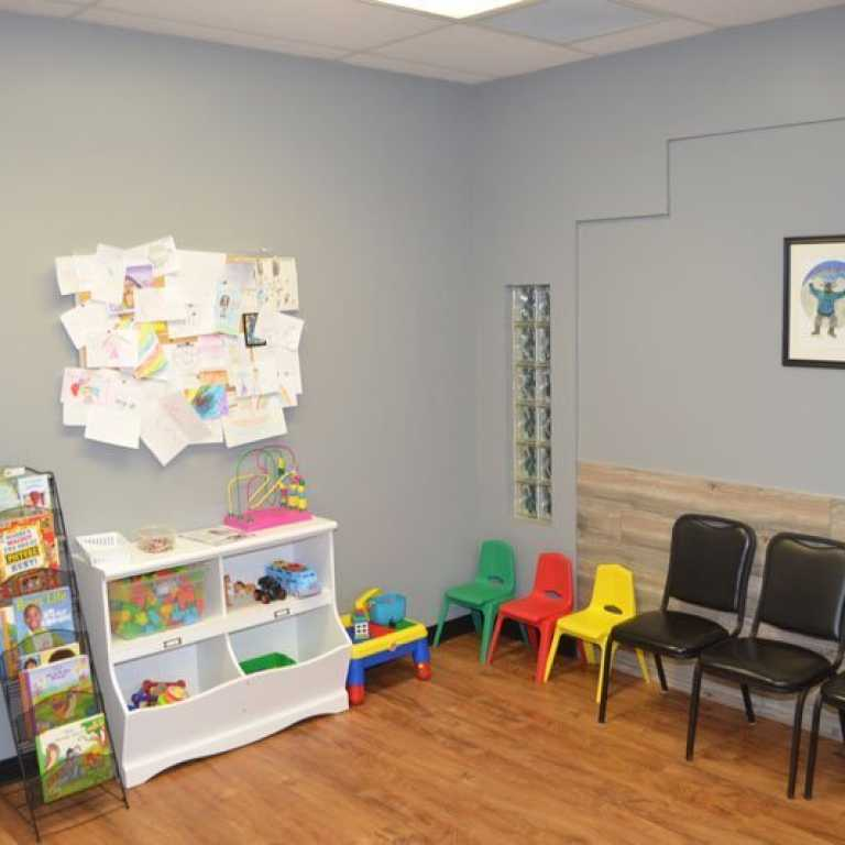 Mountain-View-Urgent-Care-Patient-Waiting-Room